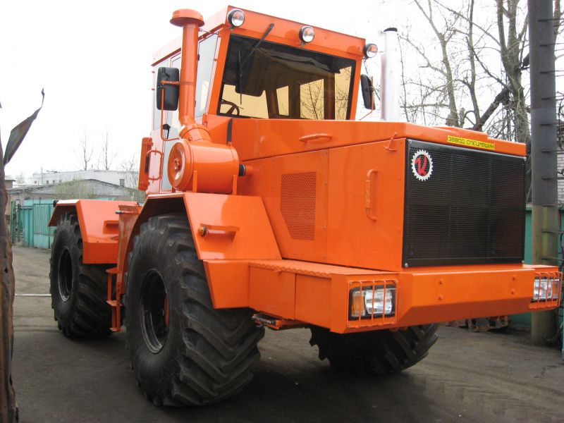 K 700 tractor